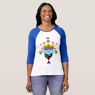 ♥ټ☘Irish Crowned Blue-Eyed Cat Fabulous Baseball T-Shirt