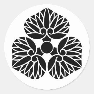 三つ河骨紋 water lily Japanese Kamon Family Crest Classic Round Sticker