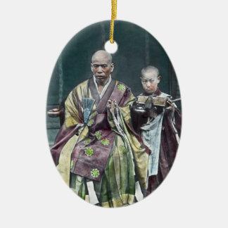 僧 japonais vintage du Japon de moines bouddhistes Ornement Ovale En Céramique