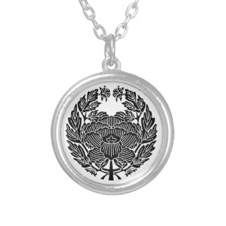 鷹 Osamu peony (research of fixed crest) Silver Plated Necklace