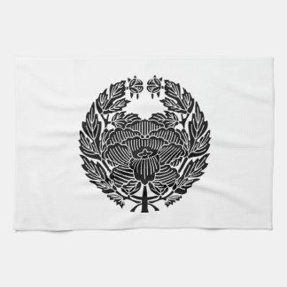 鷹 Osamu peony (research of fixed crest) Towel