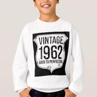 01-vintage-1962-Dark-Back Sweatshirt