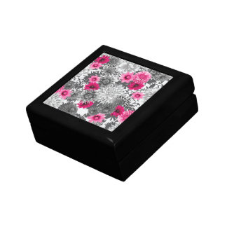 101 pink and grey photographic aop gift boxes