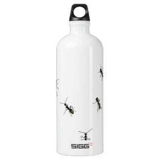 10 ants water bottle