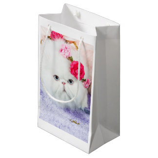11323-158 White Persian Cat Princess Winnie roses Small Gift Bag