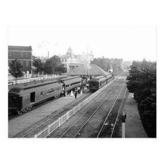 1906 Suburban Station Petosky Mass. Postcard