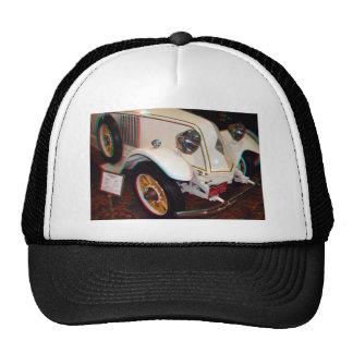 1923 Renault, Anaglyph Hat