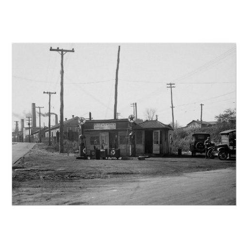 1925 Gas Station and Cars Print
