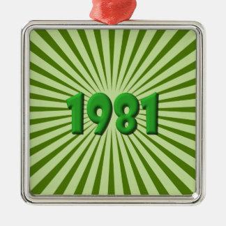 1981 ORNEMENT CARRÉ ARGENTÉ