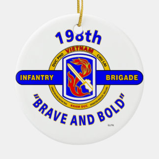 "198TH INFANTRY BRIGADE ""BRAVE AND BOLD"" VIETNAM ROUND CERAMIC ORNAMENT"