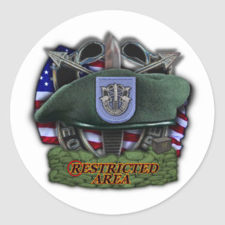 19th Special forces group Green Berets vets Sticke Classic Round Sticker