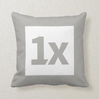 1x Cushion 40cm