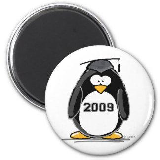 2009 Graduate Penguin Magnet