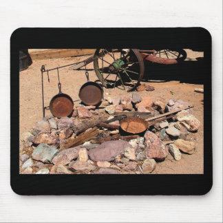 2010-06-26 C Las Vegas (189)abandoned_campsite.JPG Mouse Pad