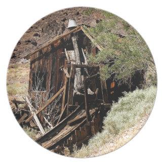 2010-06-26 C Las Vegas (210)desert_cabin.JPG Plates