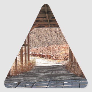 2010-06-28 ville fantôme de calicot de C (60) Sticker Triangulaire