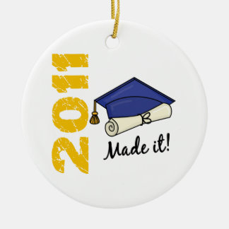 2011 Graduation Cap Ceramic Ornament