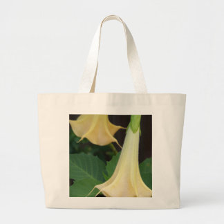 206a Angels trumpet yellow close up Large Tote Bag