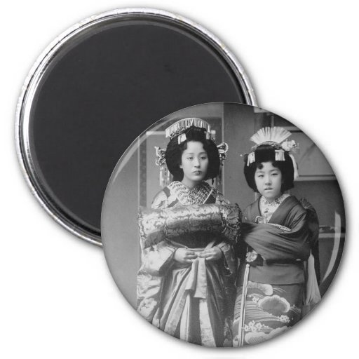 2 Geisha Girls Vintage Japanese Photo Magnet
