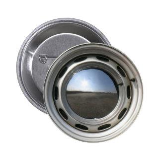 356 Classic car wheel (rim) with chrome hubcap Pin