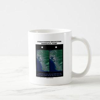 3-D Stereoscopic Image Pair Honolulu, Oahu Basic White Mug