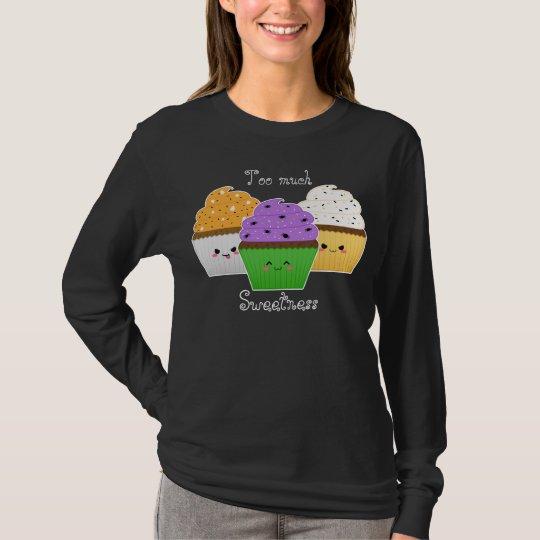 3 kawaii halloween cupcake on black T-Shirt
