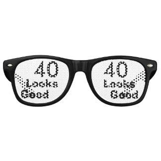 40 Looks Good © Funny 40th Birthday Gag Gift Sunglasses