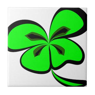 4 leaf clover tile