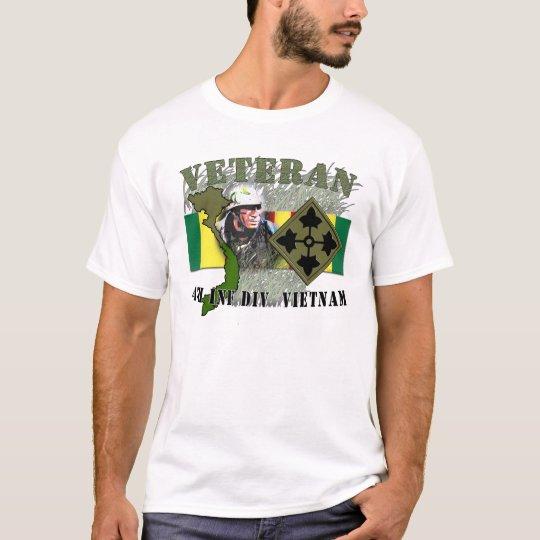 4th Inf Div - Vietnam T-Shirt