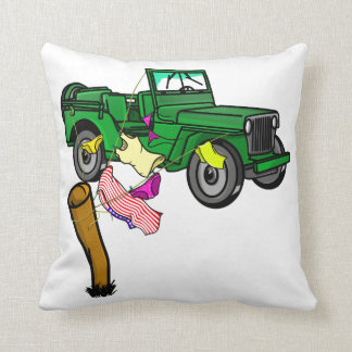 4WD adventue Throw Pillow