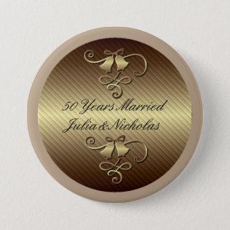 50 ans ont marié le bouton personnalisé par or macaron rond 7,6 cm