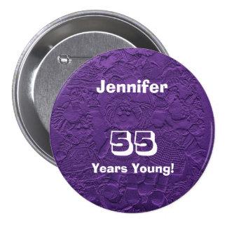 55 ans de jeune de poupées de bouton anniversaire  pin's