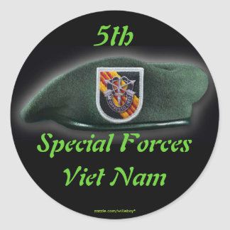 5th Special forces Group Green Berets Vietnam War Round Sticker