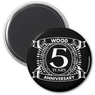 5th wedding anniversary distressed crest magnet