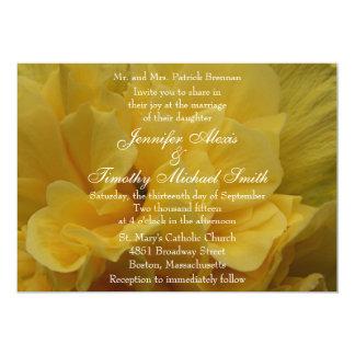 5x7 Yellow Flower Petals Wedding Invitation