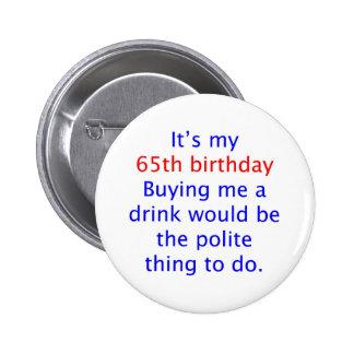 65 m achètent une boisson badge