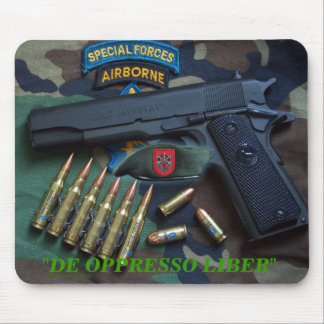 7th special forces fort Bragg veterans  Mousepad