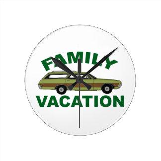 80s Family Vacation Wallclock