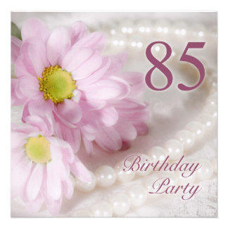 85th Birthday party invitation with daisies