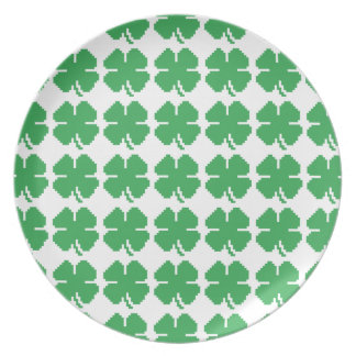 8 Bit Pixel Lucky Four Leaf Clover Party Plate