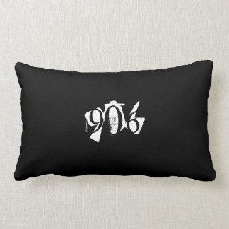 906 Michigan Upper Peninsula Pillow Black/White