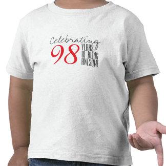 98 ans d'être impressionnant t-shirts