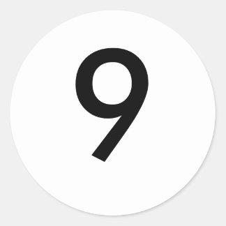 9 CLASSIC ROUND STICKER