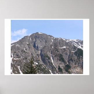 A beautiful Alaska mountain scene! Poster