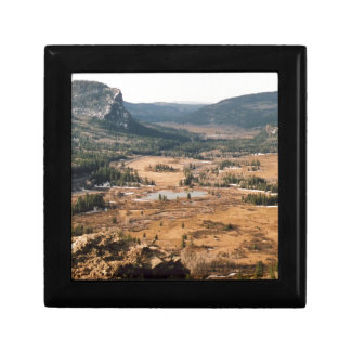 A Beautiful Valley Gift Box