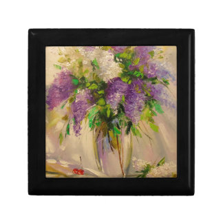 A bouquet of lilacs gift box