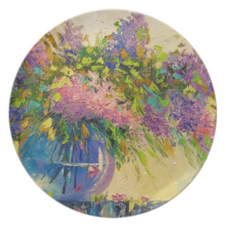 A bouquet of lilacs plate