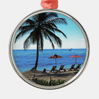 A day under the palm tree Silver-Colored round ornament