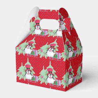 A Festive Penguin - 1 Favor Box