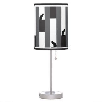 A-MAZING Kitty table lamp